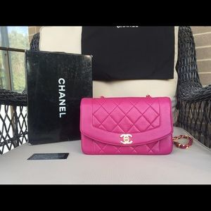 Chanel limited edition fuchsia Diana Flap RARE